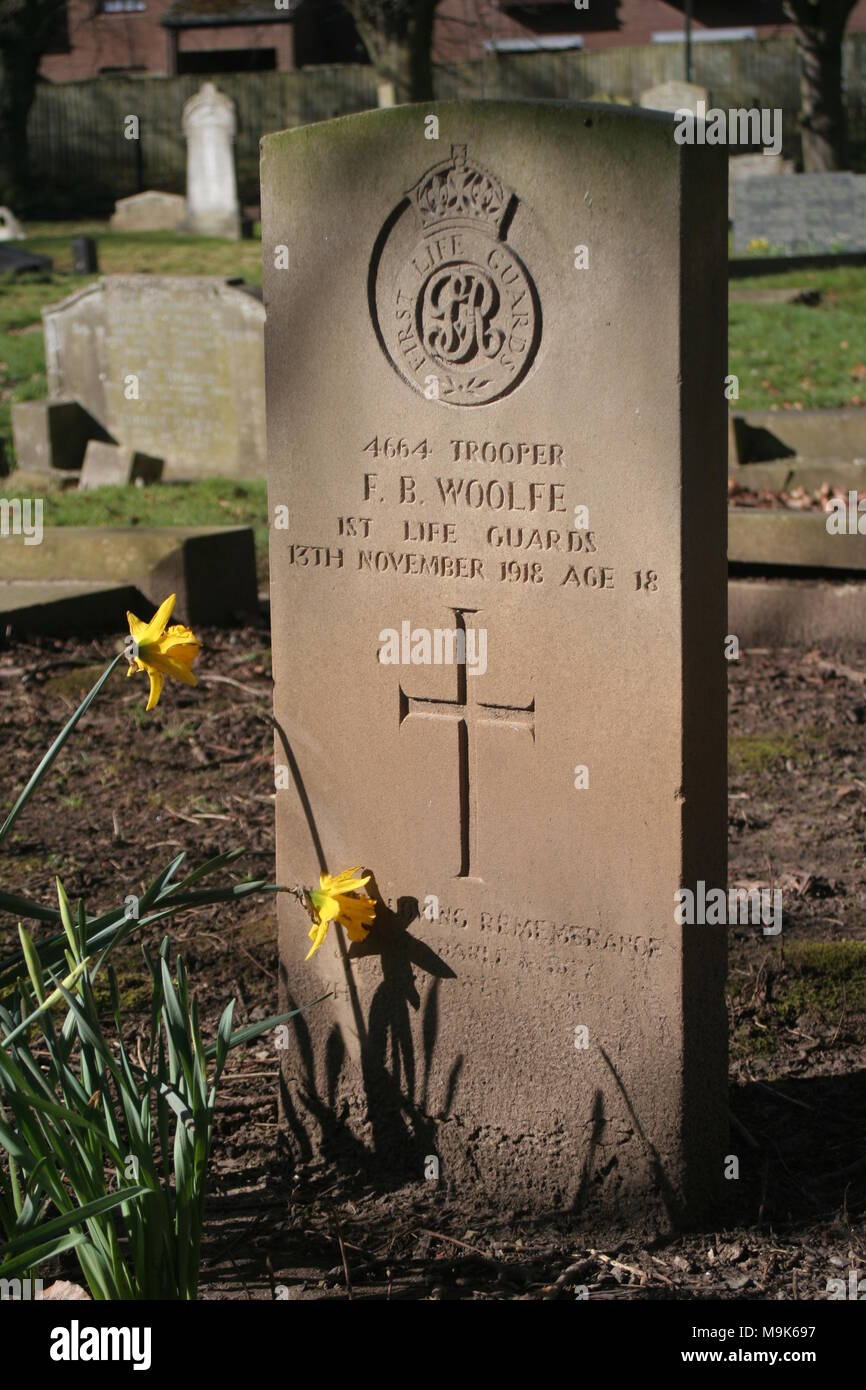 Graves in Manor Road Cemetery, Scarborough Stock Photo