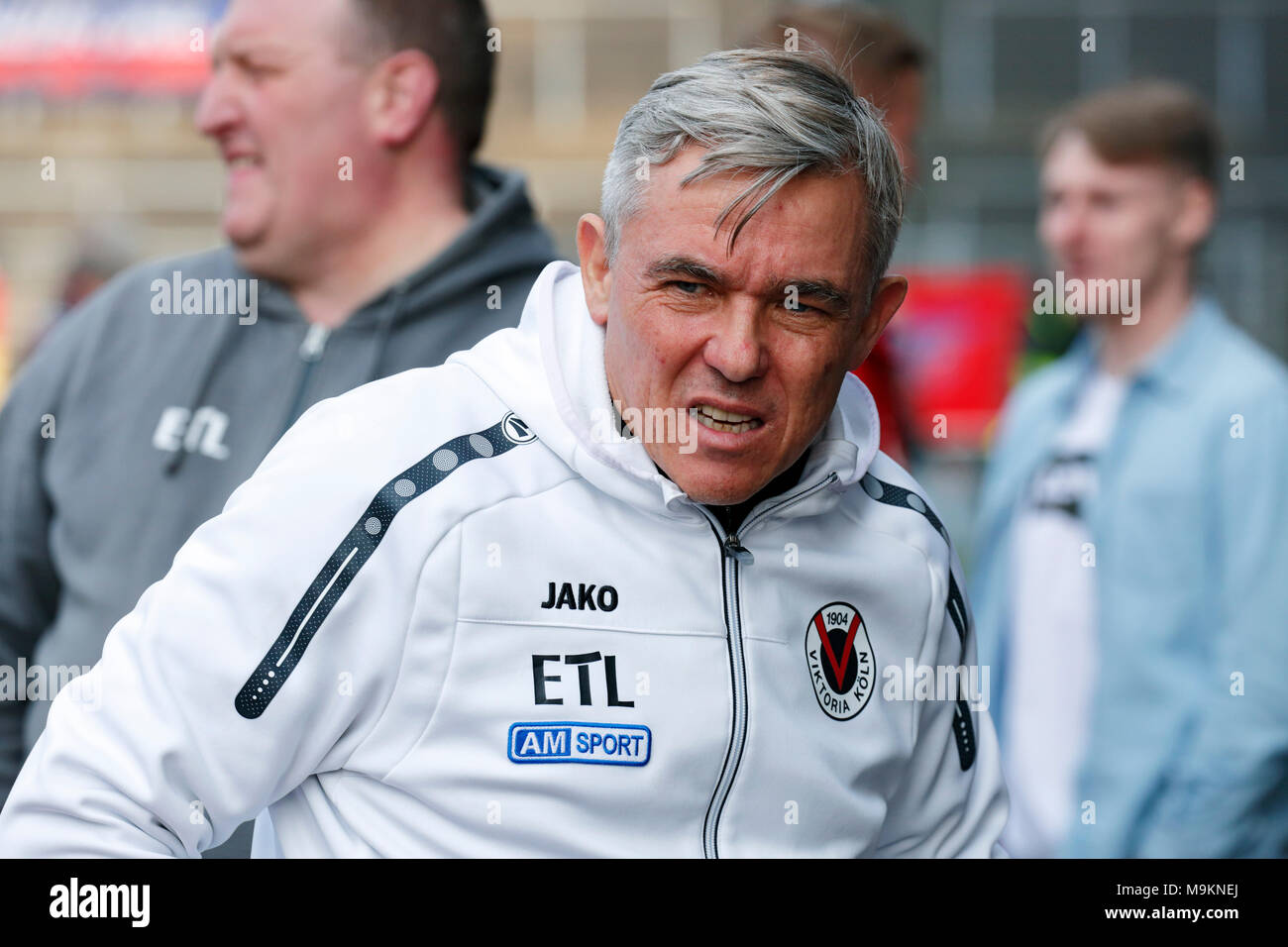 sports, football, Regional League West, 2017/2018, Grotenburg Stadium in Krefeld-Bockum, KFC Uerdingen 05 vs FC Viktoria Koeln 1904 1:1, head coach Olaf Janssen (Koeln) - Stock Image