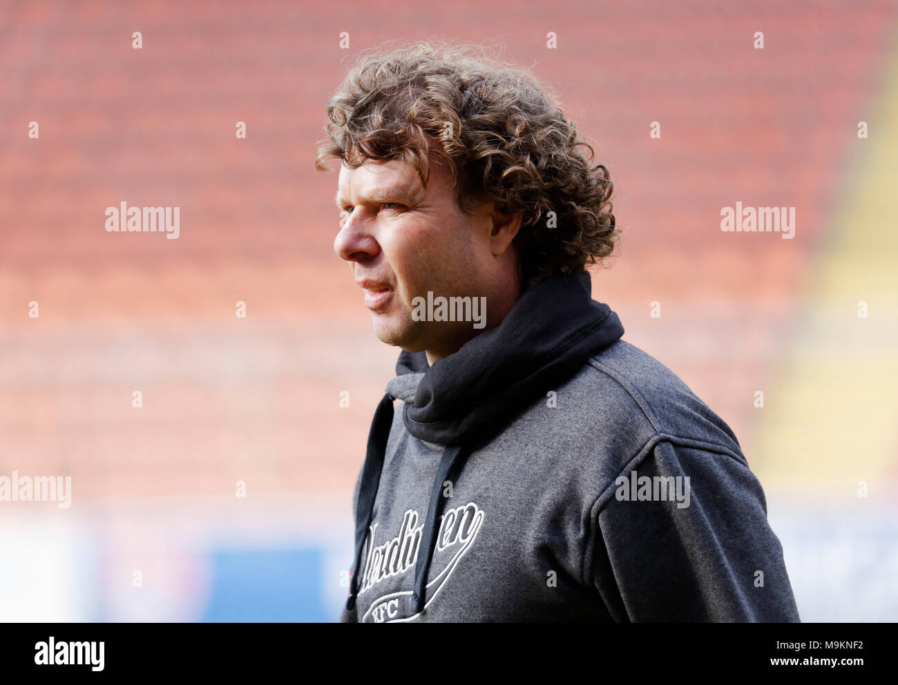 sports, football, Regional League West, 2017/2018, Grotenburg Stadium in Krefeld-Bockum, KFC Uerdingen 05 vs FC Viktoria Koeln 1904 1:1, head coach Stefan Kraemer (Uerdingen) - Stock Image