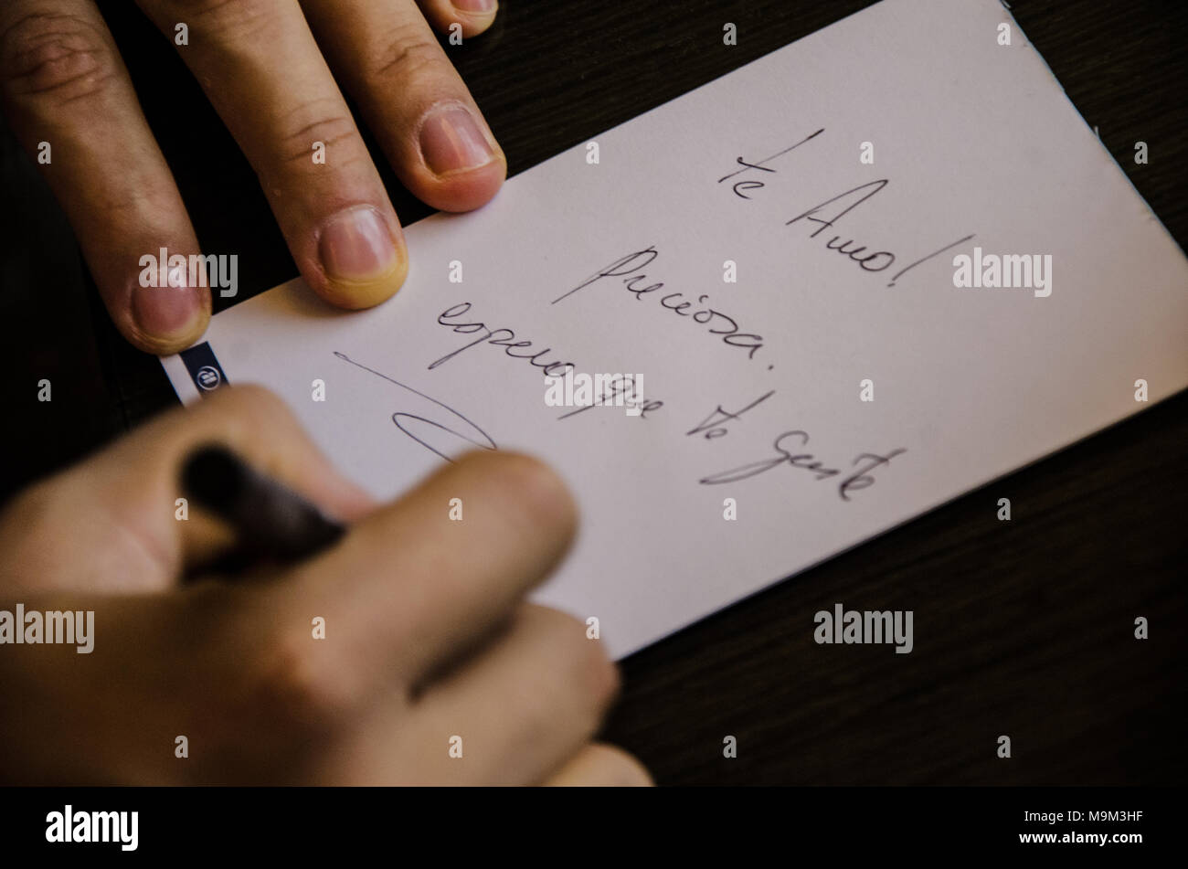 Love letter that says 'I love you beautiful' - Stock Image