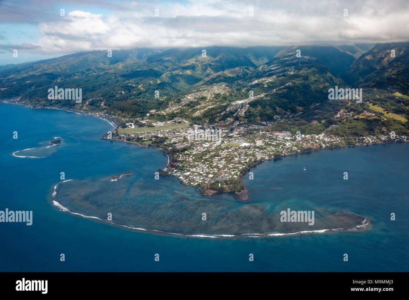 Plage de la Pointe Venus with Coral Reef, Pacific Ocean, Mahina, Tahiti Nui, Society Islands, Windward Islands, French Polynesia - Stock Image