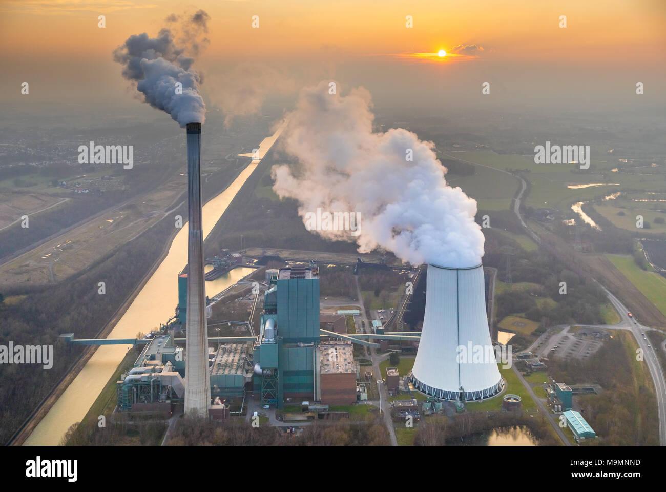 Joint power plant Bergkamen RWE, coal-fired power station at the Datteln-Hamm Canal, Bergkamen, Ruhr Area - Stock Image