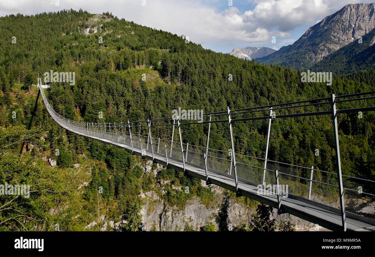 Suspension bridge Highline 20, near Reutte, Tyrol, Austria Stock ...