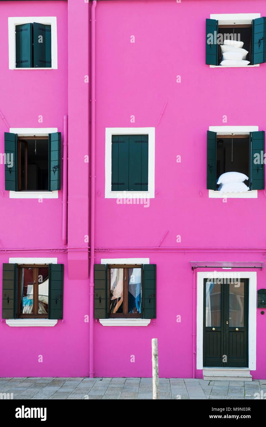 Purple facade of a house in Burano, Venice, Italy - Stock Image