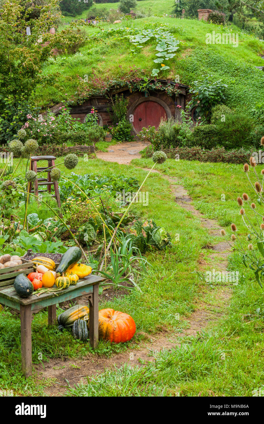 New Zealand Hobbiton New Zealand Matamata Hobbiton film set fictional village of Hobbiton in the shire from the Hobbit and Lord of the rings books - Stock Image