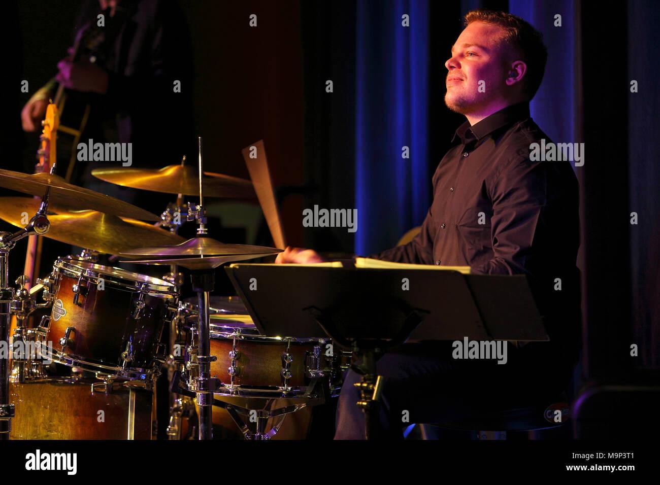 Jazz drummer Markus Lämmel of Gerold Heitbaum Quartet in concert, Wittenberg, Saxony-Anhalt, Germany - Stock Image