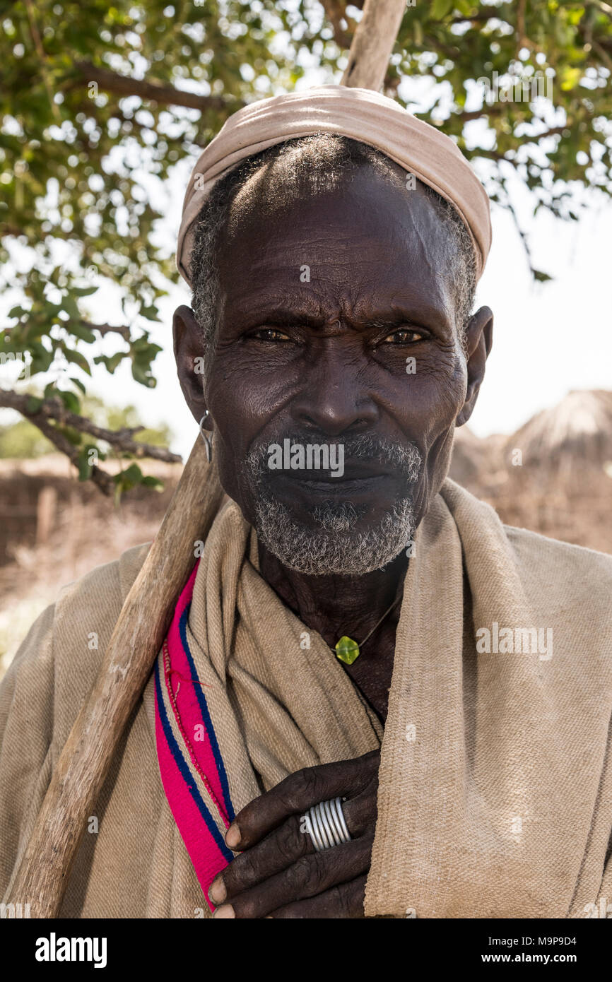 Old man of Arbore tribe, portrait, Turmi, Southern Nations Nationalities and Peoples' Region, Ethiopia - Stock Image