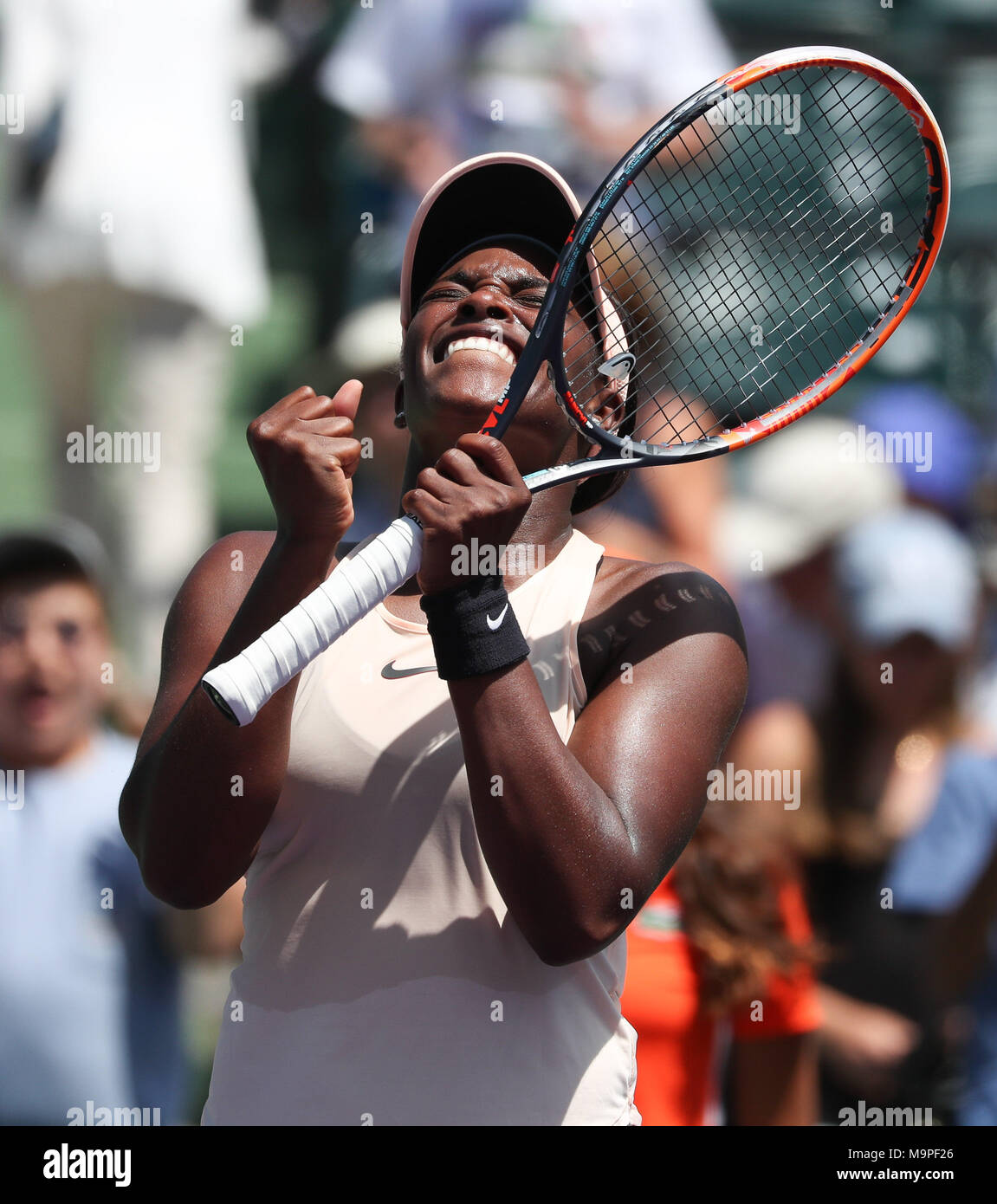 Key Biscayne, Florida, USA. 27th Mar, 2018. Sloane Stephens of the United States shows her emotions as she celebrates defeating Angelique Kerber of Germany in a quarterfinal on Day 10 of the 2018 Miami Open presented by Itau professional tennis tournament, played at the Crandon Park Tennis Center in Key Biscayne, Florida, USA. Stephens won 6-1, 6-2. Mario Houben/CSM/Alamy Live News - Stock Image