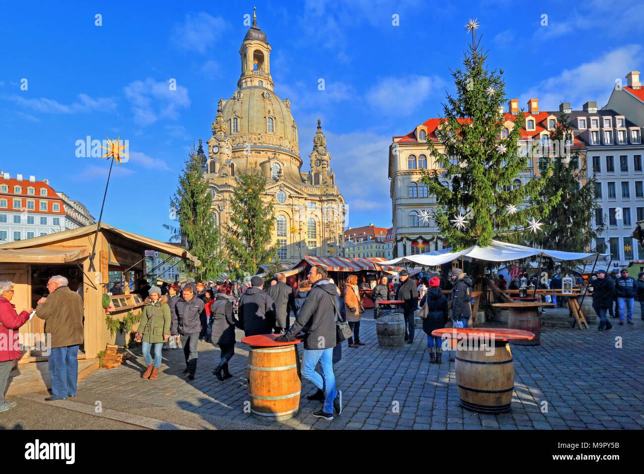 Christmas market on the Neumarkt with Frauenkirche, Dresden, Saxony, Germany Stock Photo