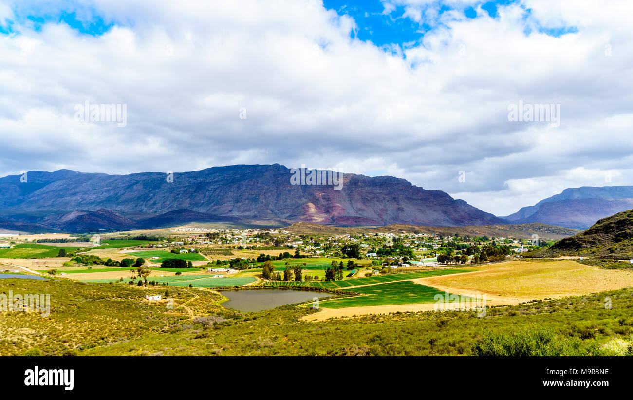 View from Highway R62 of the lovely town of Barrydale, nestled between the Tradouw Valley and the Klein Karoo, in the Western Cape Province of South A - Stock Image