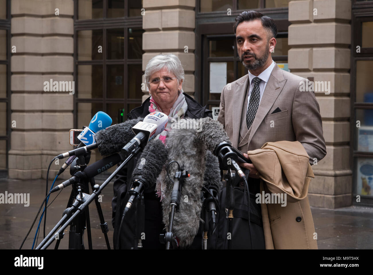 Clara Ponsati, ex-Catalan education minister, with her lawyer Aamer Anwar after being released on bail at Edinburgh Sheriff Court, 28th March 2018. - Stock Image