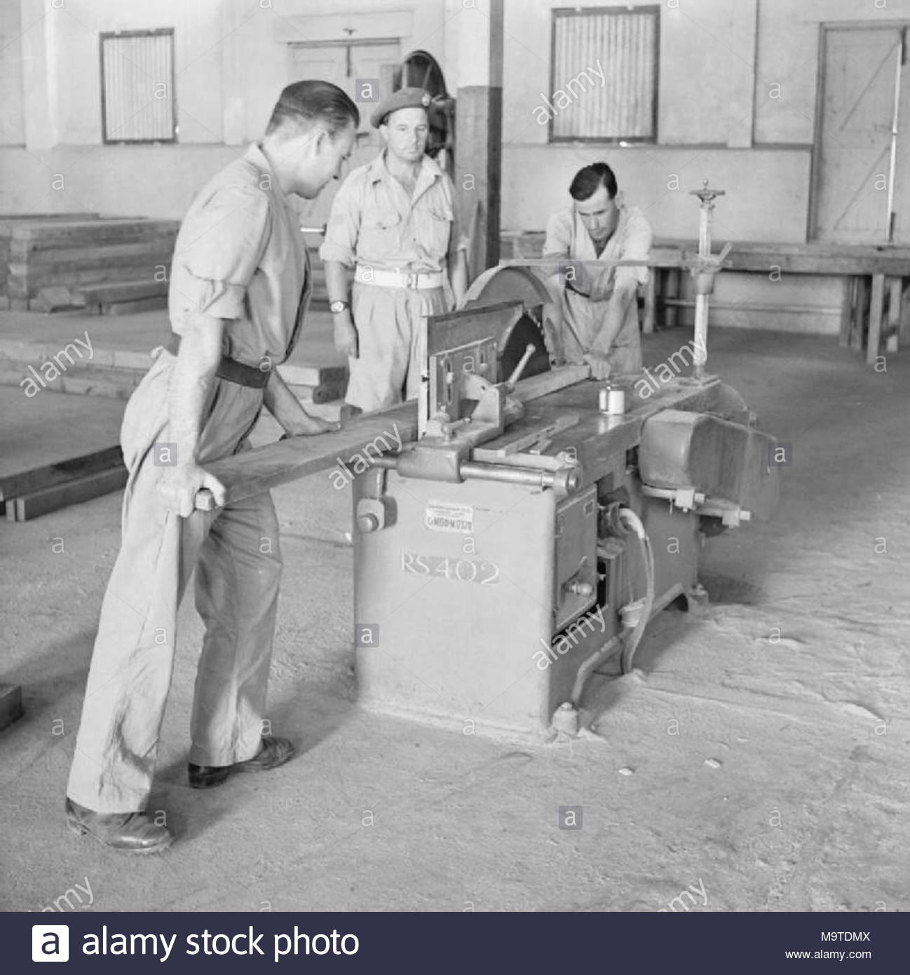 british forces in the middle east 1945 1947 working a circular saw