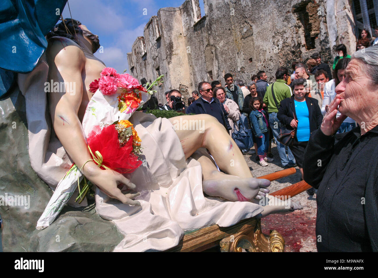 Nocera Terinese (Italy) - A godly woman during the Processione dell'Addolorata in the Easter Holy Saturday Stock Photo