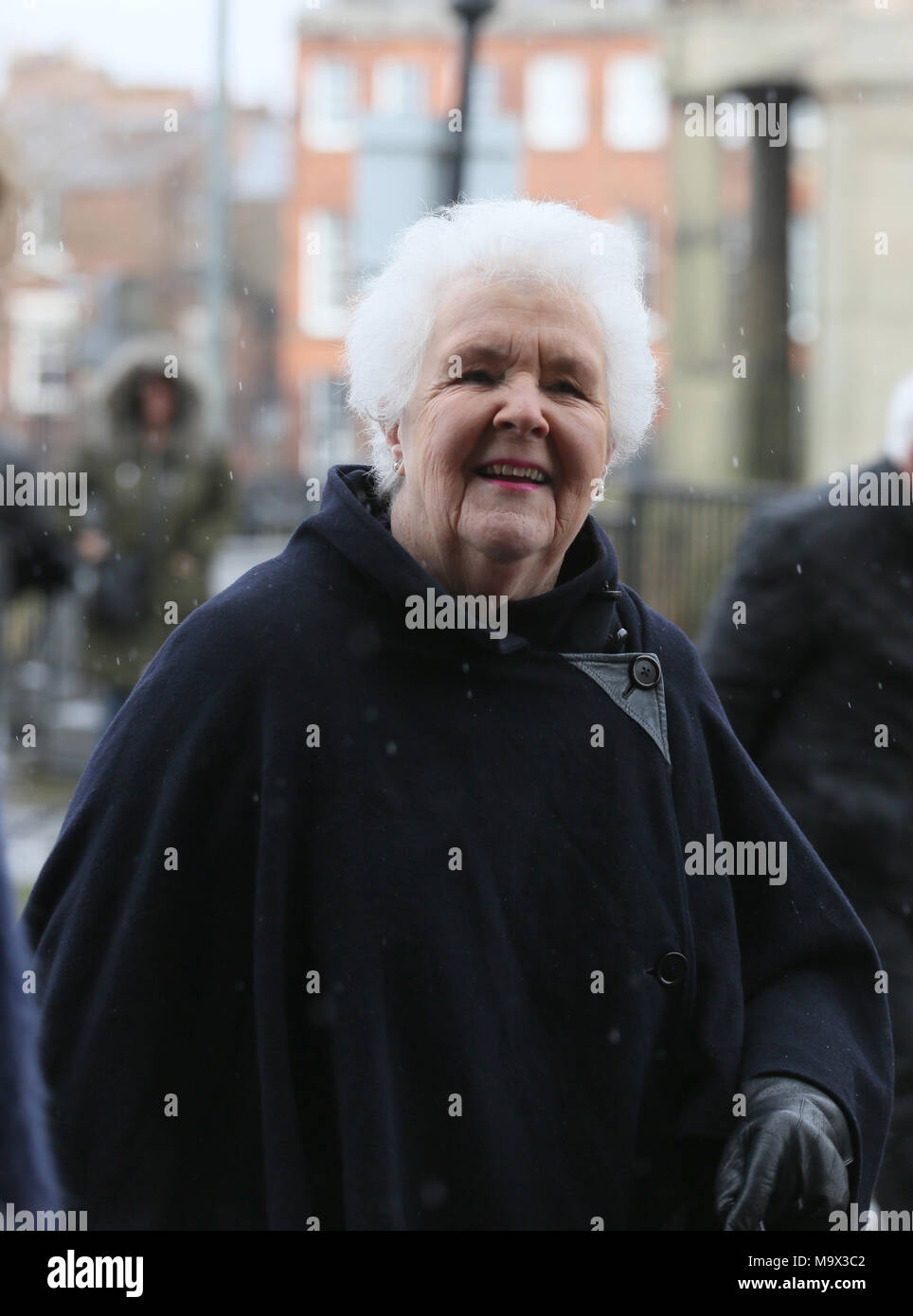 picture Stephanie Cole