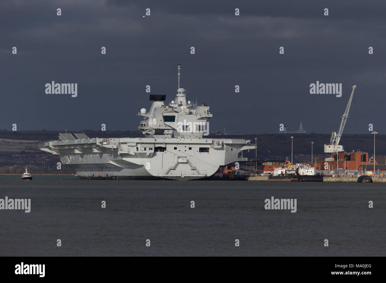 HMS Elizabeth aircraft carrier in Portsmouth Stock Photo