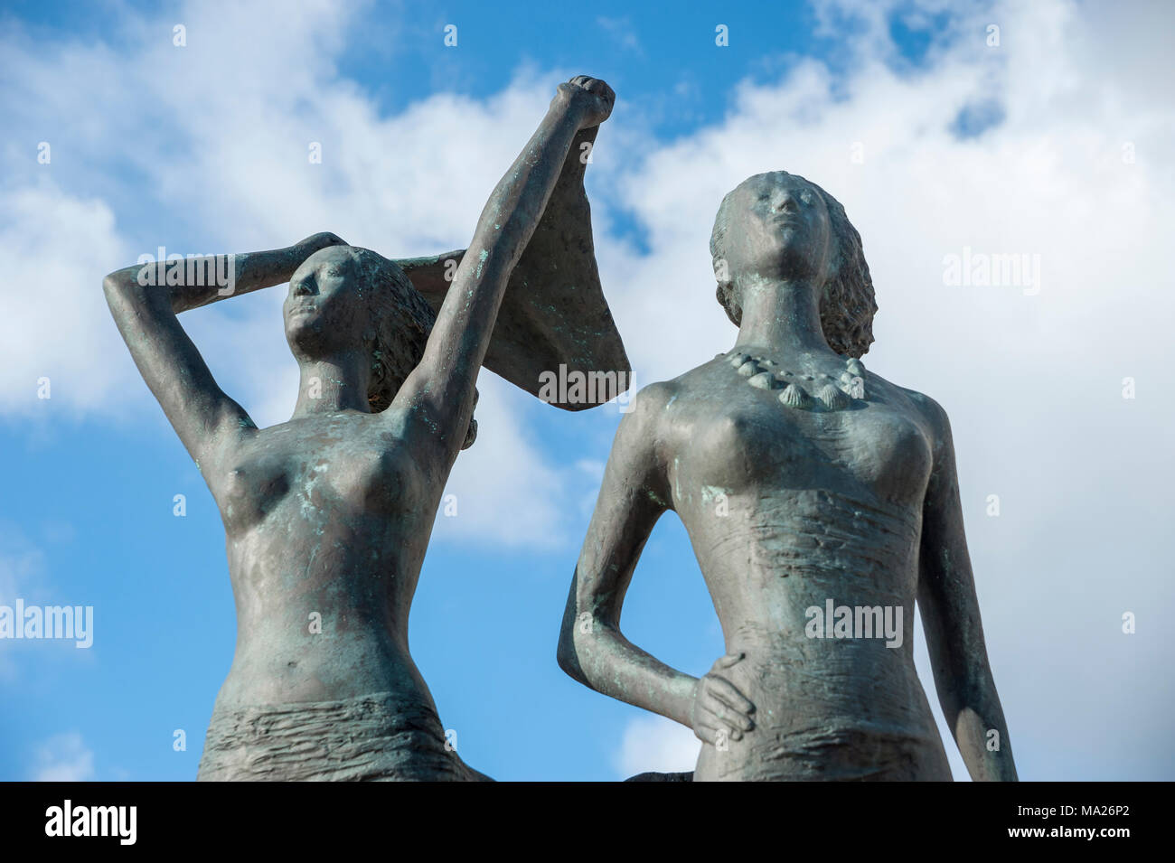 Bronze sculpture, Girl on the south beach, Burgtiefe, Fehmarn, Baltic Sea, Schleswig-Holstein, Germany, Europe - Stock Image