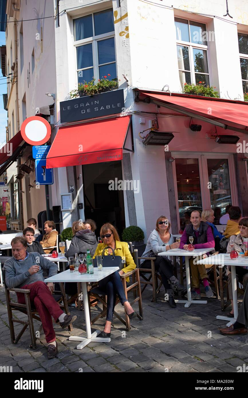 Café Le Grain de Sable on the Place du Grand Sablon in Brussels - Stock Image