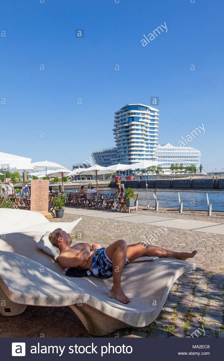 Hafencity, Am Dalmannkai with the Marco Polo tower and the Unilever building - Stock Image