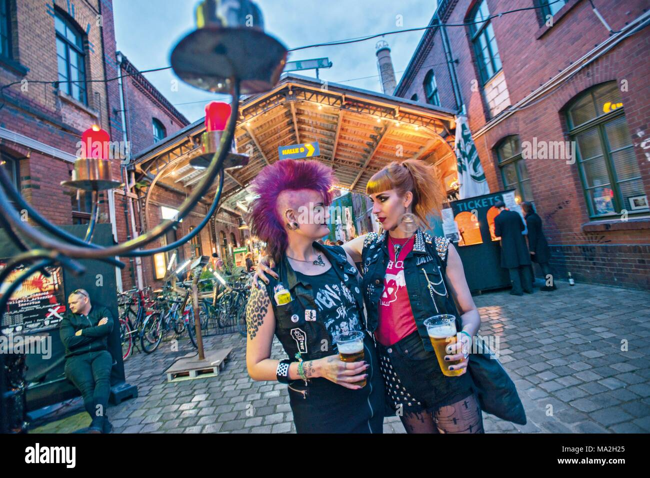 Wave-Gotik-Festival: two female punks - Stock Image