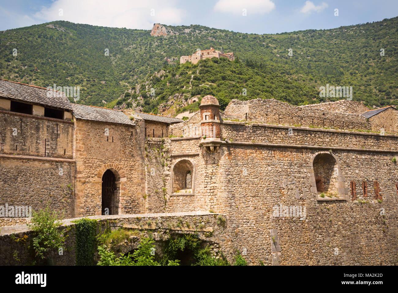 Fortifications designed by the Marquis de Vauban at Villefranche-de-Conflent, Pyrénées-Orientales Department, Languedoc-Roussillon, France.  Twelve gr - Stock Image