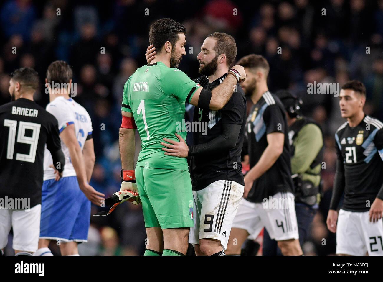 60c732c20d3e5 Gonzalo Higuain e Gianluigi Buffon London 23-3-2018 Etihad Stadium Football  friendly match Argentina - Italy Photo Federico Tardito   one+nine   Ins