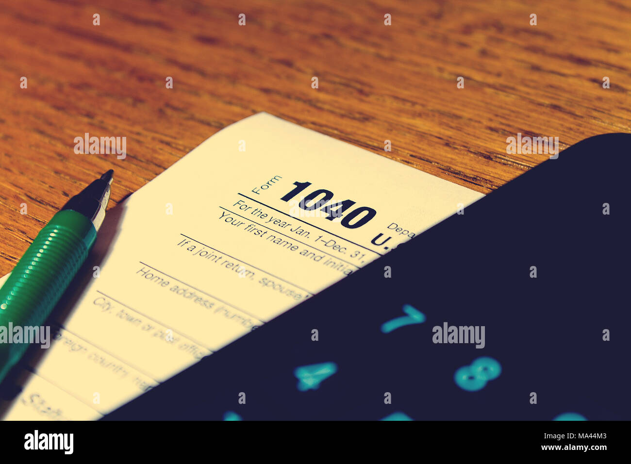 form 1040 due date  Due Date Calculator Stock Photos & Due Date Calculator Stock ...