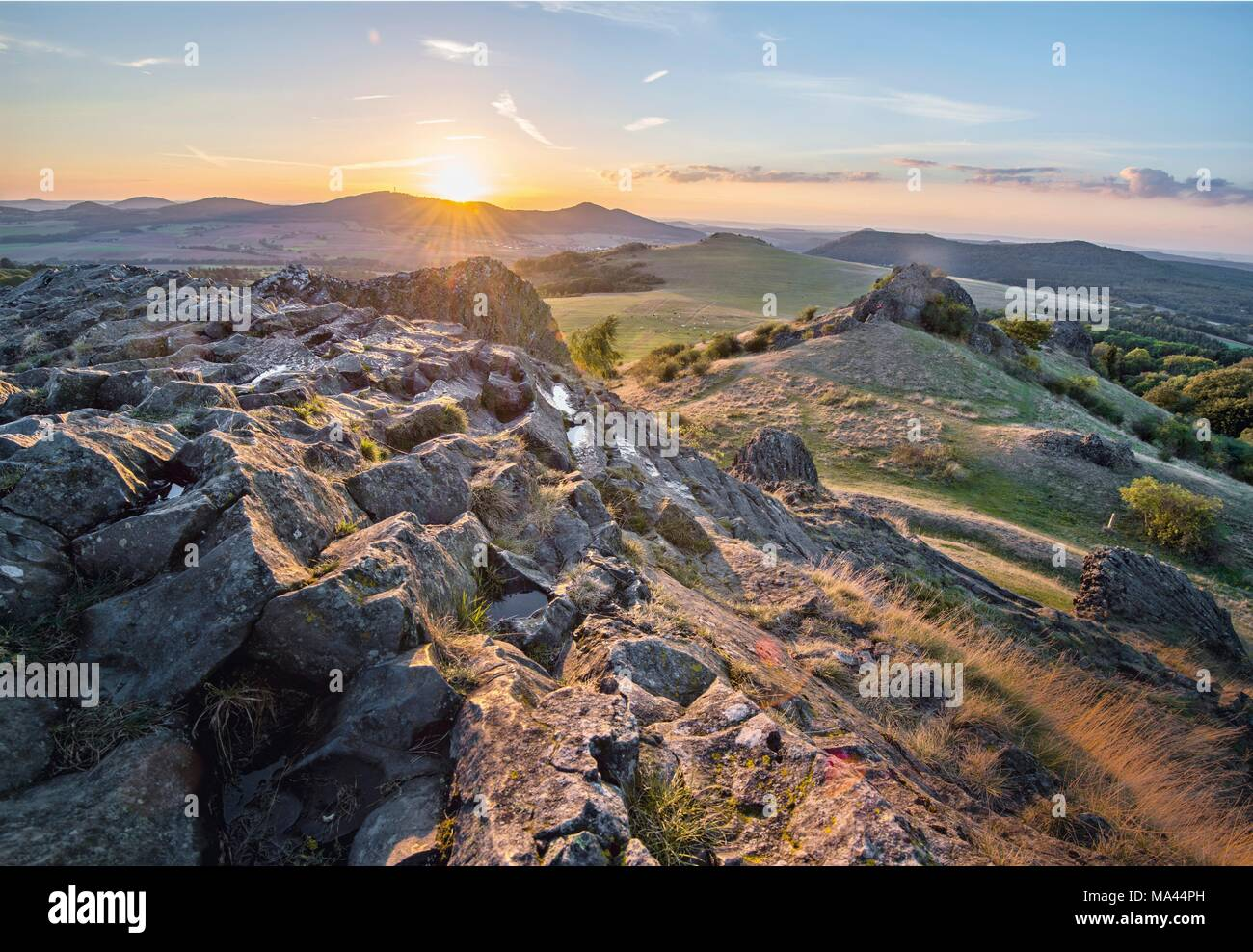 The panoramic 'Kassel-Steig' hiking trail on the Hoher Dörnberg hill, Kassel, Germany - Stock Image