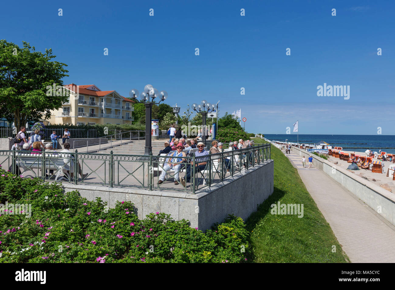 Beach promenade at the pier, Seebad Kühlungsborn-Ost, district of Rostock, - Stock Image
