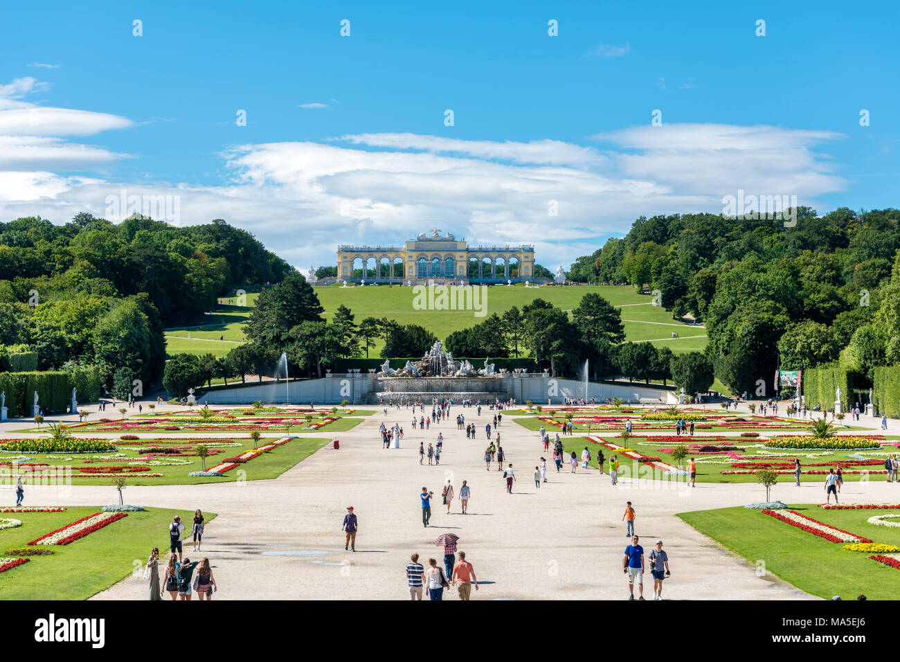 Vienna, Austria, Europe. The The Neptune Fountain and the Gloriette in the gardens of Schönbrunn Palace. - Stock Image