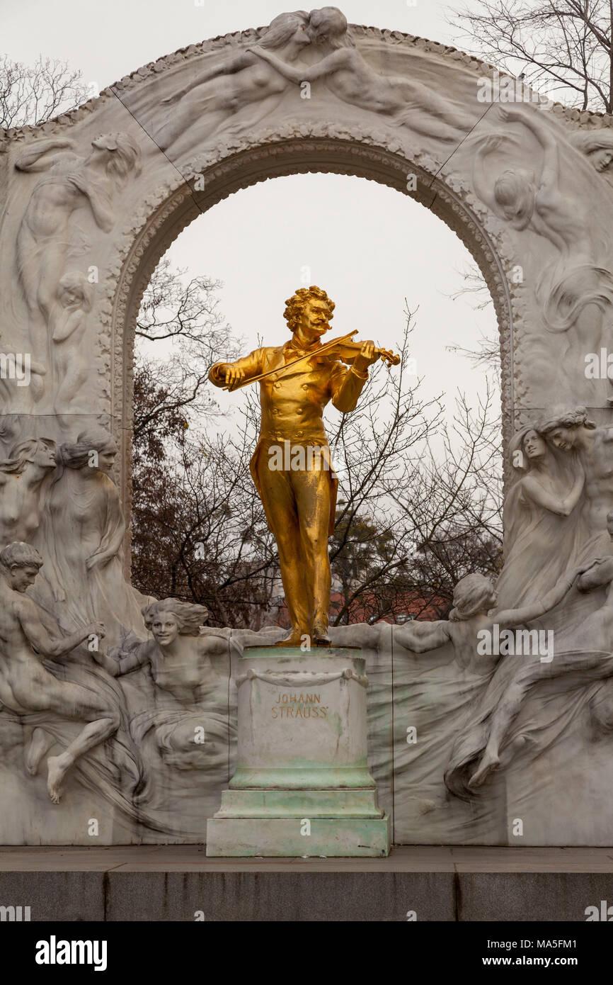 Monument to Johann Strauss II, Vienna, Austria Stock Photo