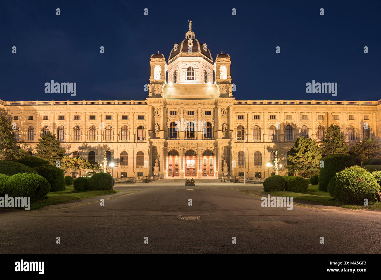 Vienna, Austria, Europe.The Maria Theresa square with the Art History Museum on the Maria Theresa square Stock Photo