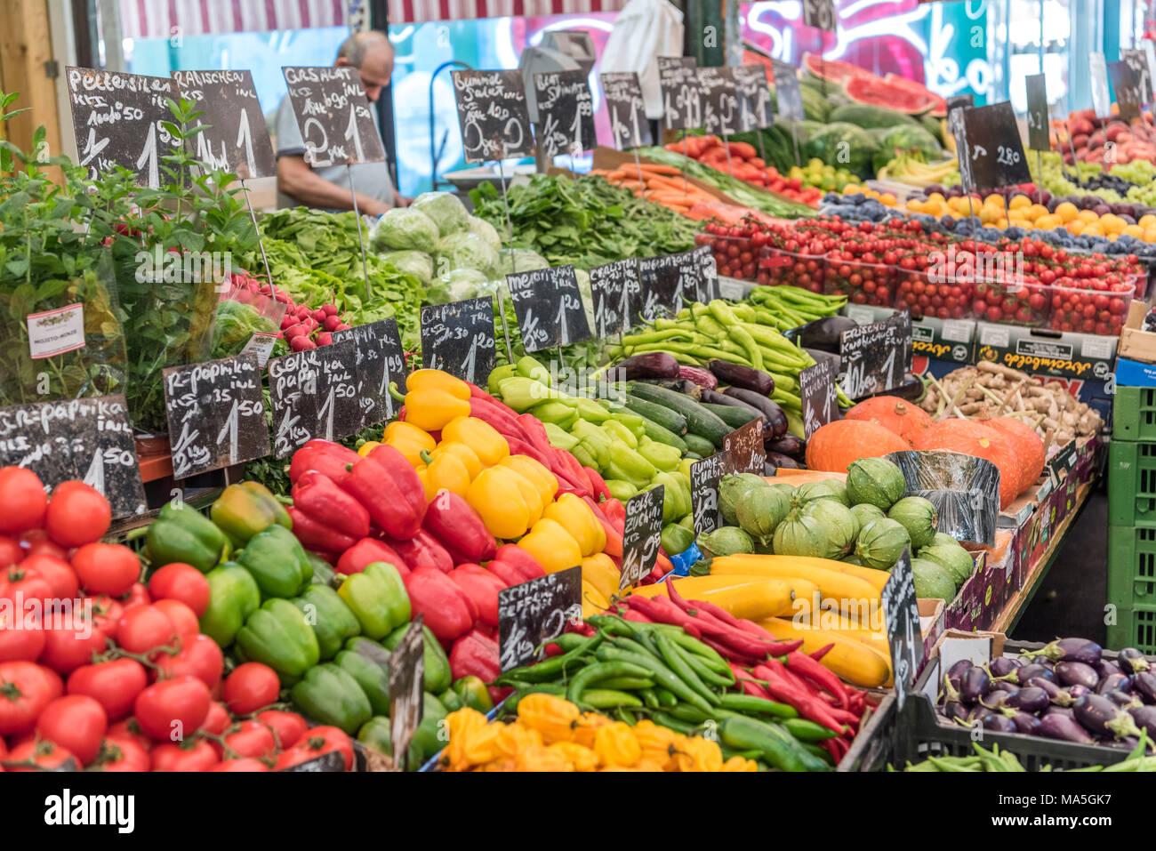 Vienna, Austria, Europe. The Naschmarkt is the most popular market in Vienna - Stock Image