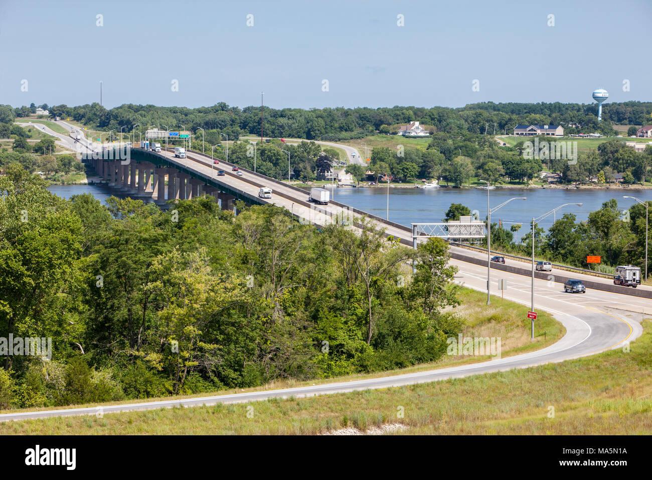 Mississippi River Bridge, US Interstate 80 Highway, Le Claire, Iowa