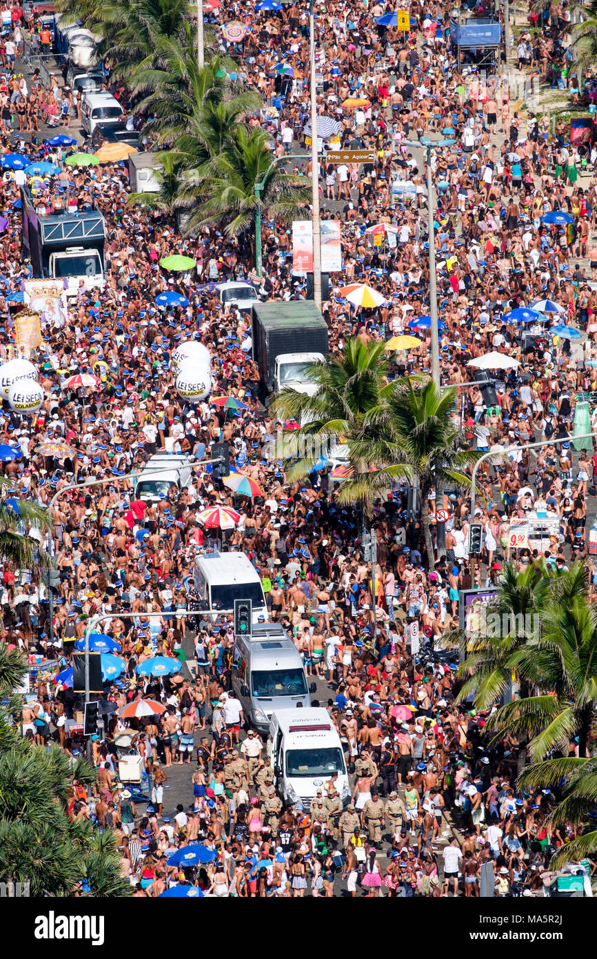The Simpatia e Quase Amor street troupe at Rio carnival 2018, Brazil - Stock Image