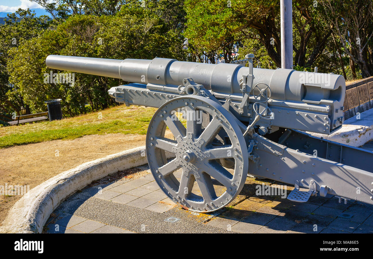 German made 135-mm Krupp gun on display at the Dominion Observatory, Wellington, New Zealand - Stock Image