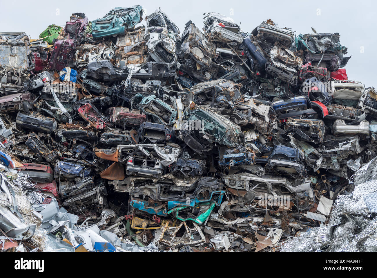 Abandoned Cars In Scrap Yard Stock Photos & Abandoned Cars In Scrap ...