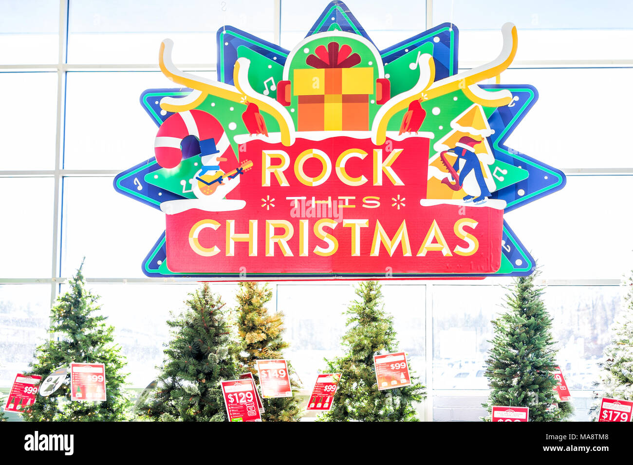 Burke, USA   November 24, 2017: Rock This Christmas Tree Display In Walmart