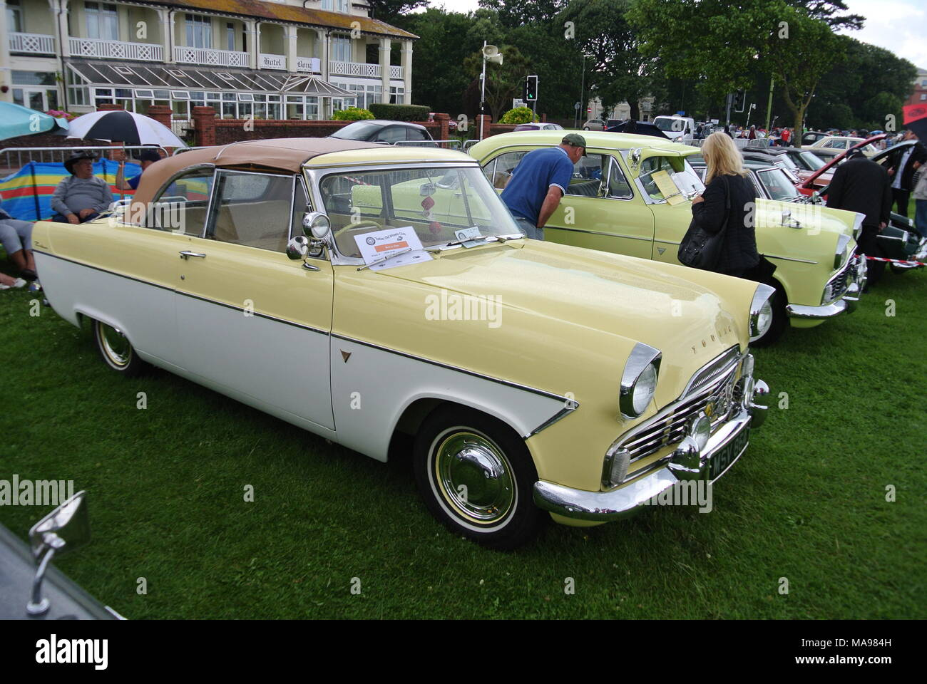 Pair of Ford Zephyr classic cars parked on display at English ...