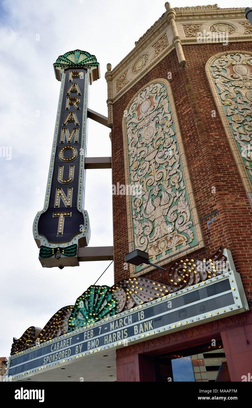 Aurora, Illinois, USA. The historic and ornate landmark Paramount Theatre (also known as the Paramount Arts Center). - Stock Image