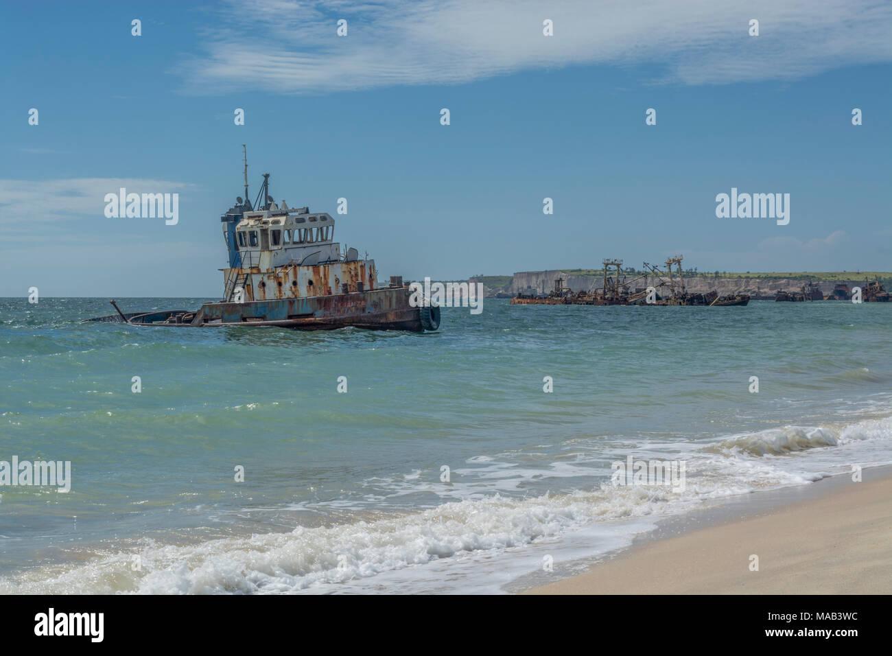 Shipwreck At High Tide Stock Photos & Shipwreck At High Tide