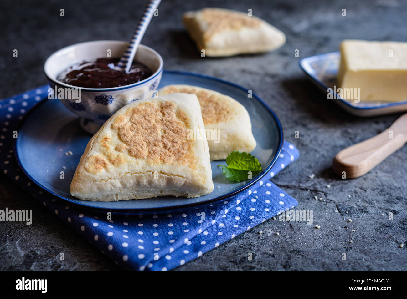 Irish Soda Farls - traditional Irish flatbread served with jam - Stock Image