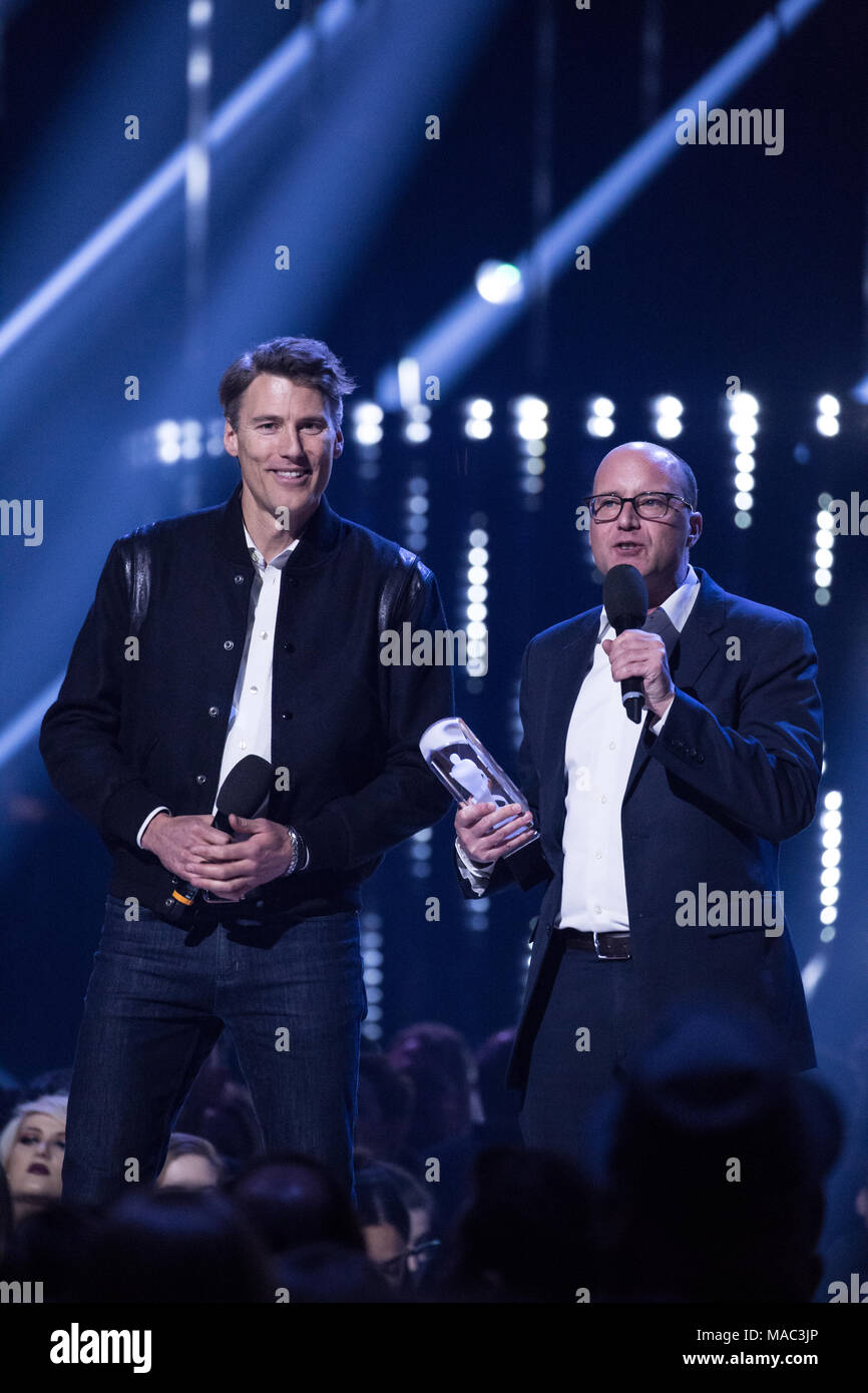 Vancouver, CANADA. 26th March, 2018. Vancouver Mayor Gregor Robertson and London Ontario Mayor Matt Brown at the 2018 Juno Awards in Vancouver. Credit - Stock Image