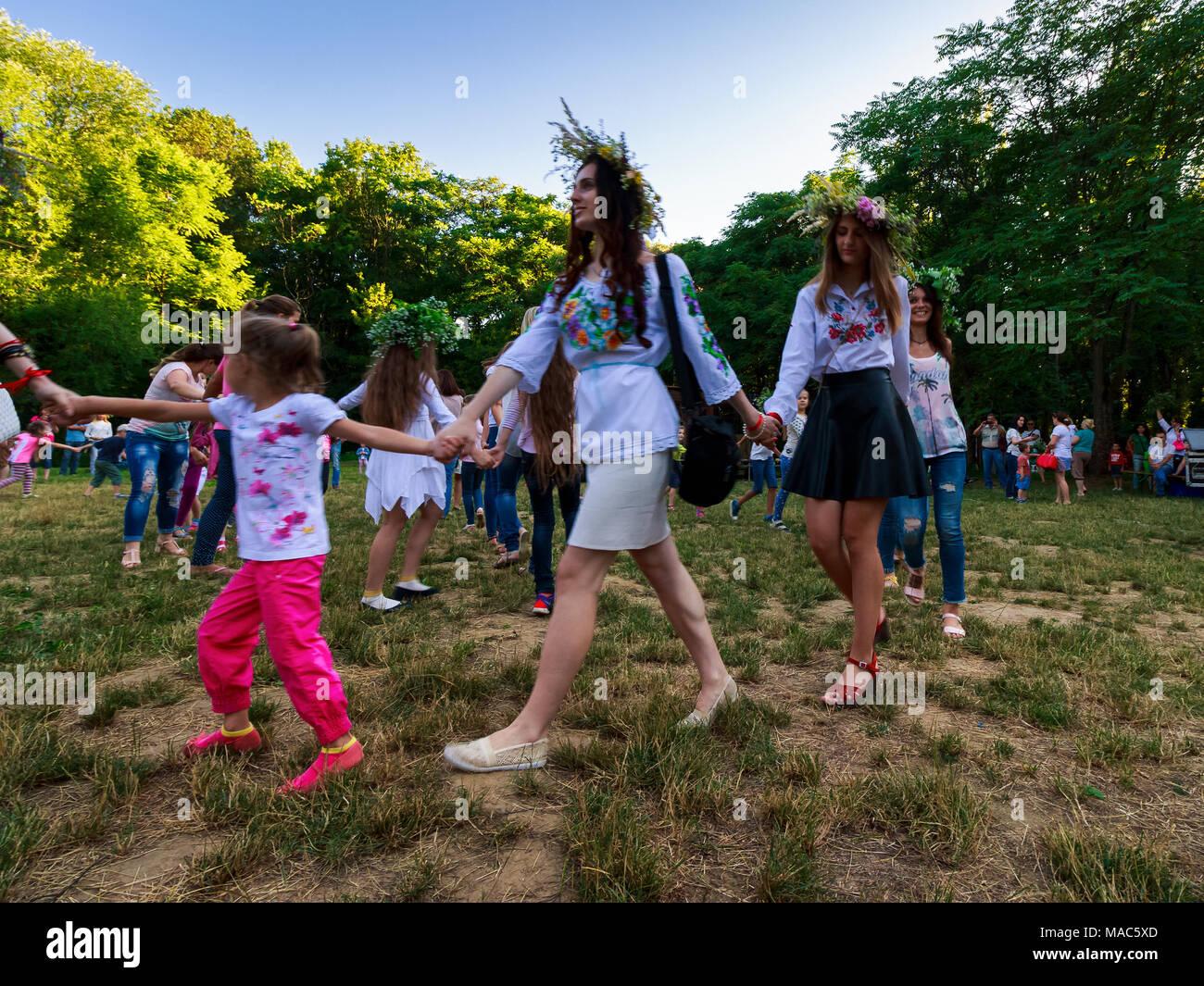 Uzhgorod, Ukraine - 07 Jul, 2016: Young female round dance on Ivana Kupala fest. Popular holiday in Slavic culture - Stock Image