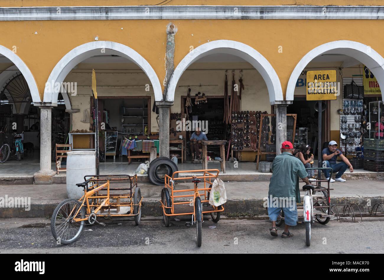 Facade of the Main Market, Mercado Municipal in Valladolid Mexico - Stock Image