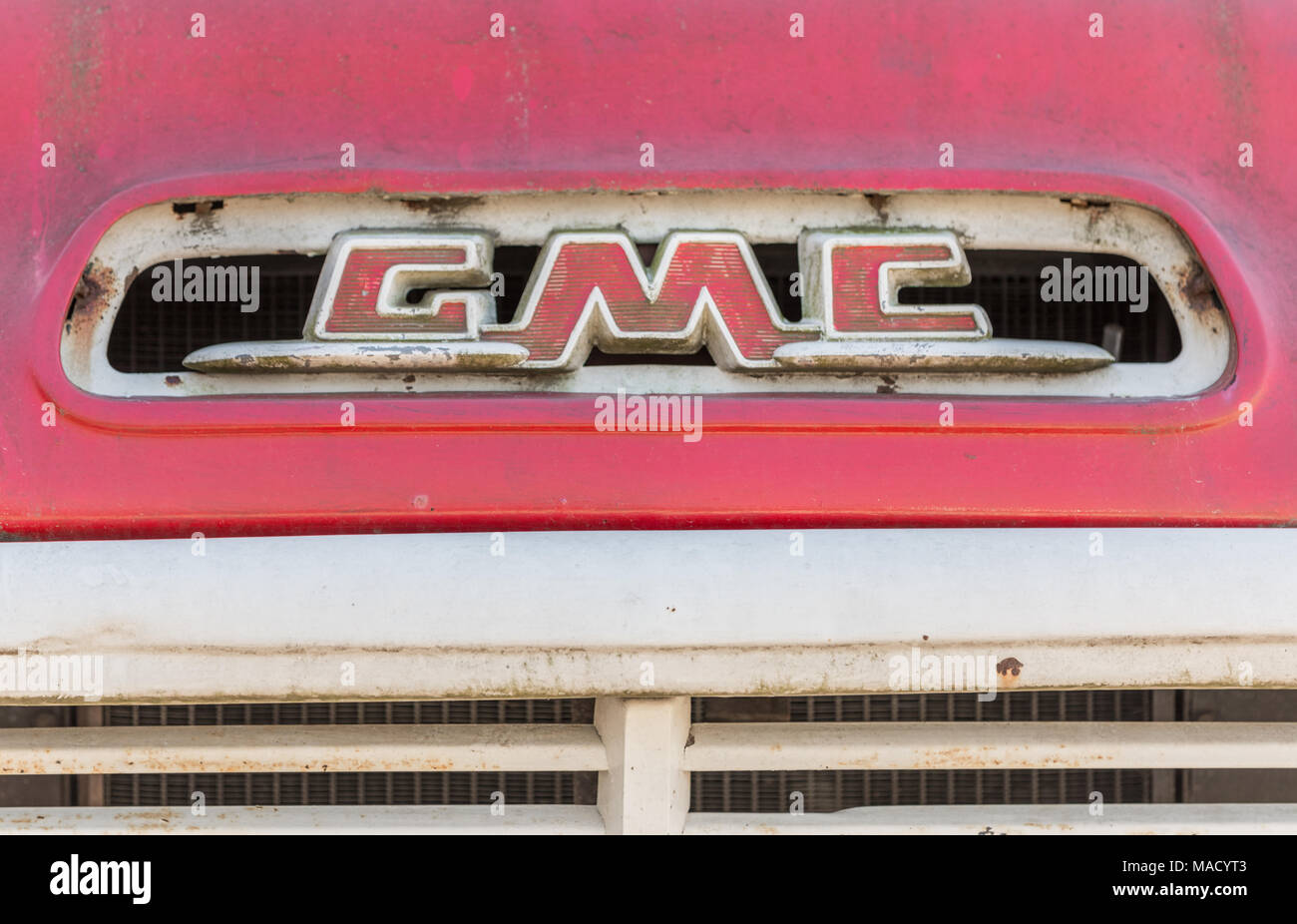 detail image of the GMC logo on an antique truck - Stock Image