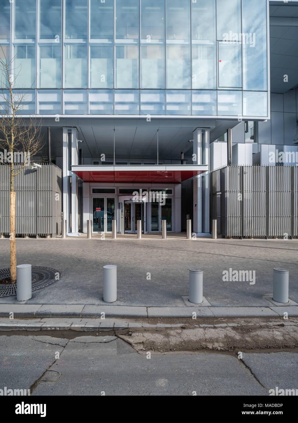 France, Paris - 31 March 2018: Paris new courthouse - Nouveau palais de justice de Paris, designed by Renzo Paino building workshop Stock Photo