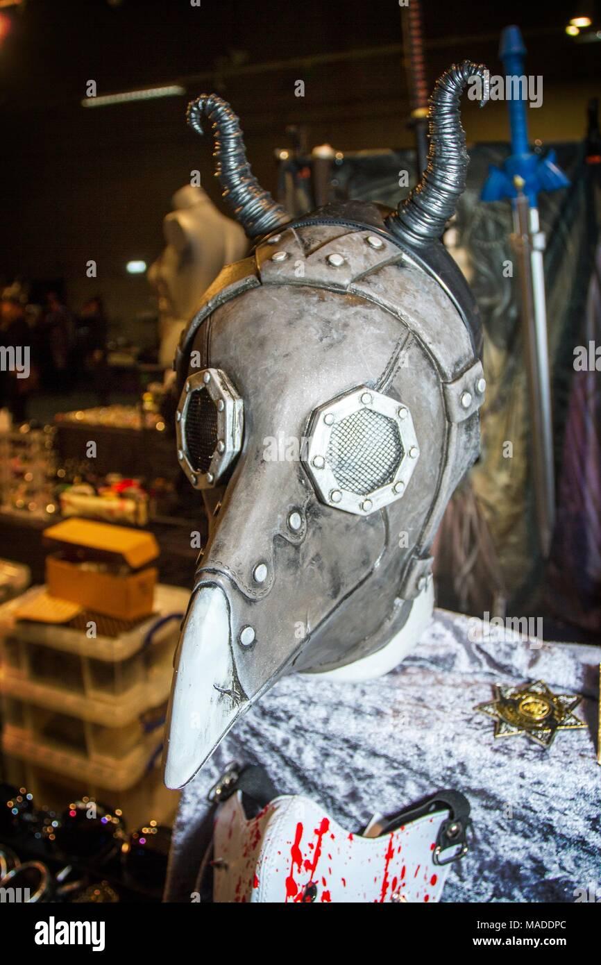 Steampunk sub culture, post apocalypse apocalyptic spyglas goth crossover machine machinery costume fancy dress up gothic mechanism futuristic clock - Stock Image