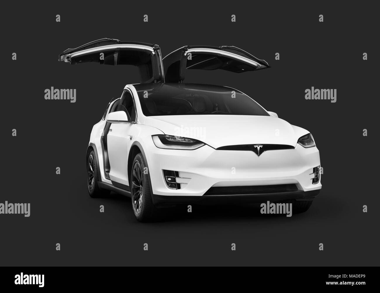 White 2018 Tesla Model X Luxury Suv Electric Car With Open Falcon