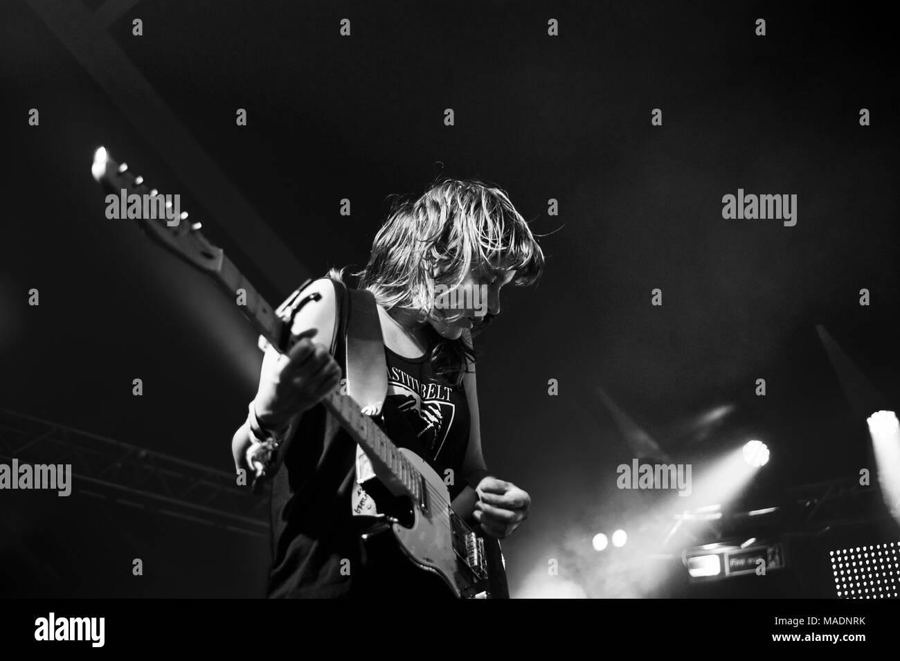 Courtney Barnett performing live at Glastonbury Festival, England, UK, 2015. - Stock Image