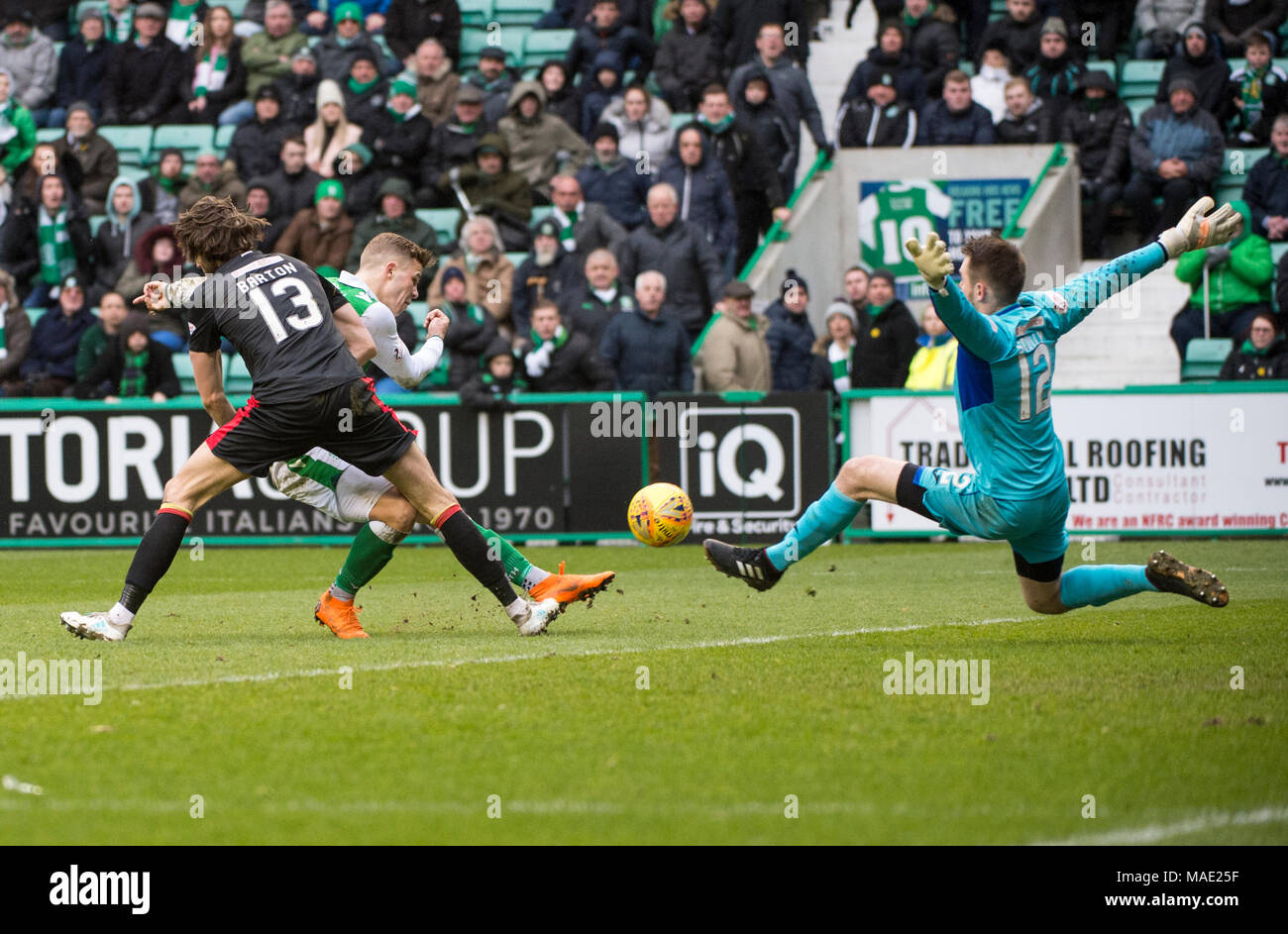 Edinburgh, UK, 31 Mar 2018.  Pic shows:  Hibs's Florian Kamberi goes close during the second half of the Scottish Premiereship clash between Hibernian and Partick Thistle at Easter Road Stadium, Edinburgh.  Credit: Alamy/Ian Jacobs Stock Photo